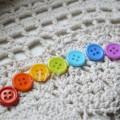 """Набор пластиковых  пуговиц """"Цветная радуга 7 шт"""" на 4 отверстия"""