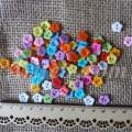 Пуговицы пластиковые Цветочек 10 мм
