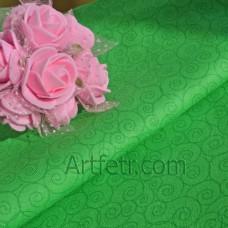 Зеленые завитки на зеленом ткань для пэчворка и  рукоделия