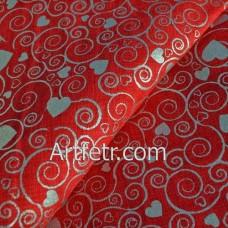 Ткань серебряные завитки и сердечки на красном
